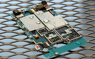 HZO社の防水基板コーティング技術を採用